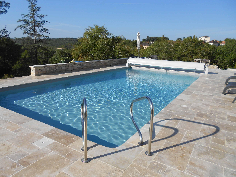 piscine et dallage à Gourdon